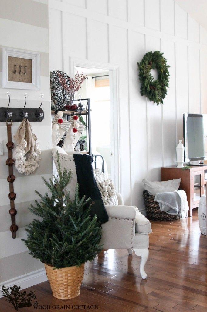 holiday decorating ideas - woodgrain cottage