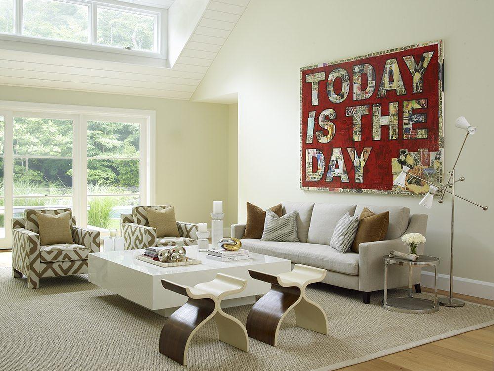 hamptons-living-room_photo-by-tria-giovan