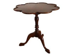 English Tea Table with Tilt Top