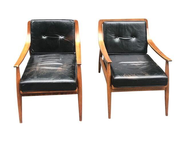 Marvelous Vintage Mid Century Black Leather Armchairs Pair Inzonedesignstudio Interior Chair Design Inzonedesignstudiocom