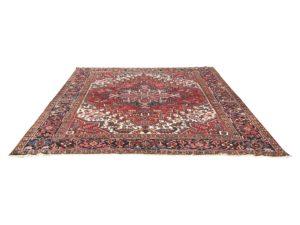 8 x 10 Oriental Carpet